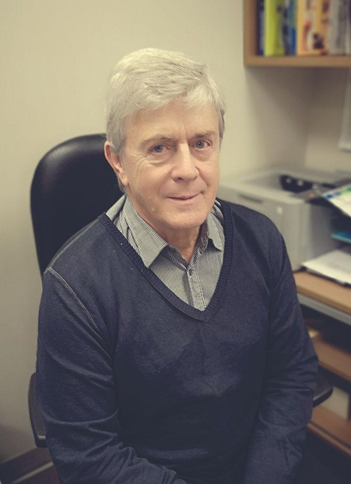 Dr André Parent